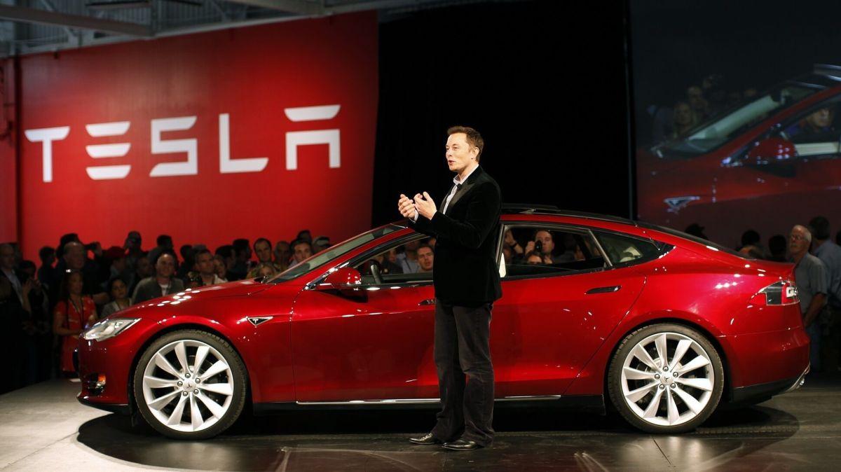 Tesla anunció que probablemente reabra su única planta en Estados Unidos el próximo 4 de mayo.
