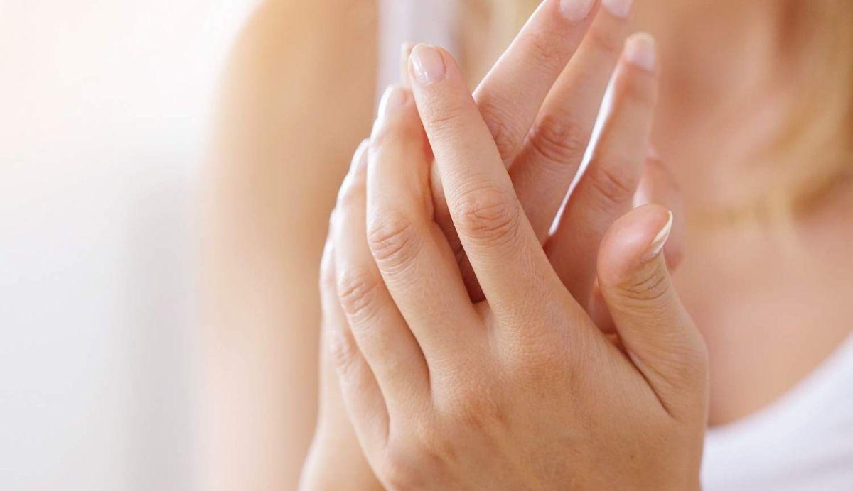 Las mejores cremas humectantes para manos que eliminarán la resequedad de la piel