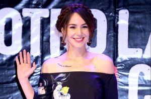 Así canta Camila Sodi, sobrina de Thalía, y los famosos se han rendido a la belleza de su voz