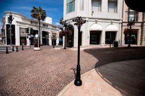 Beverly Hills se revela y aprueba resolución para ignorar orden de cierre de restaurantes en L.A.