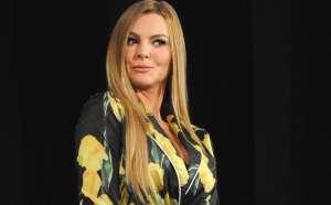 """Tachan a Marjorie de Sousa de """"roba maridos"""" y la involucran con un exitoso y casado empresario"""