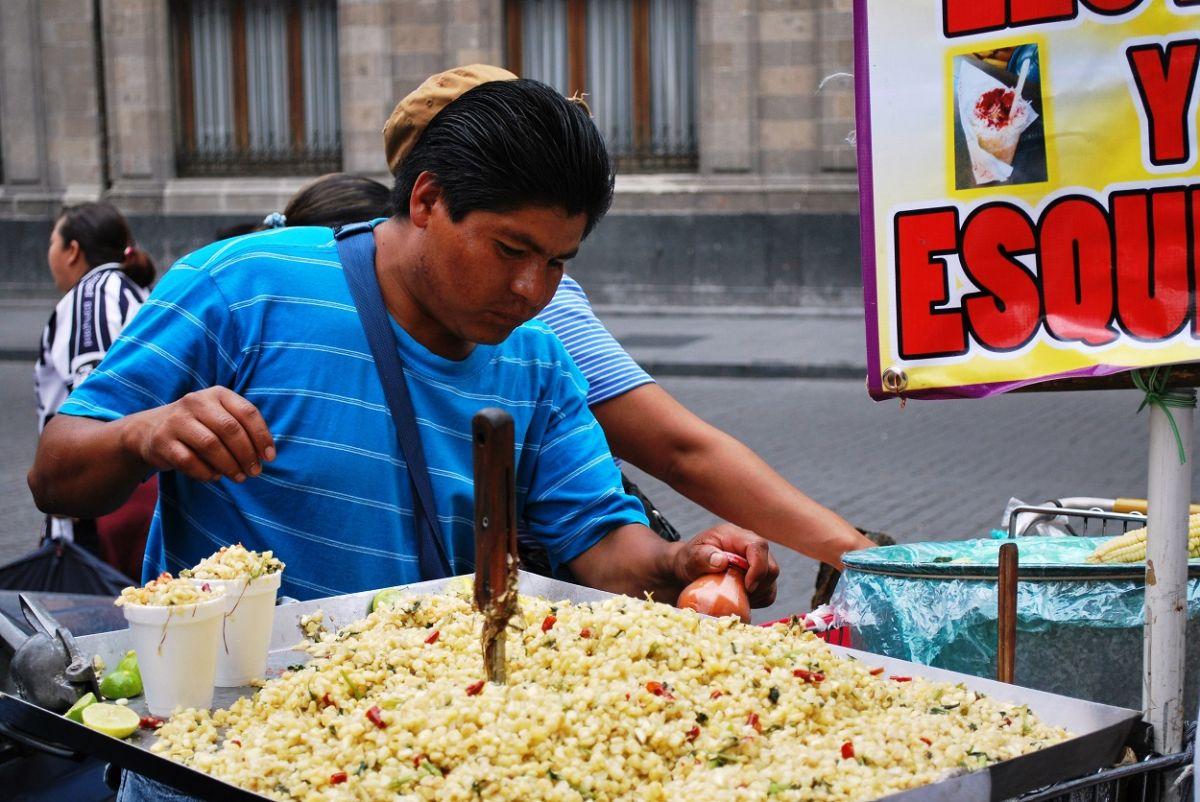 Conoce la leyenda de los esquites, el antojito más popular de México