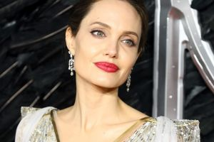 Este es el significado del nuevo tatuaje de Angelina Jolie