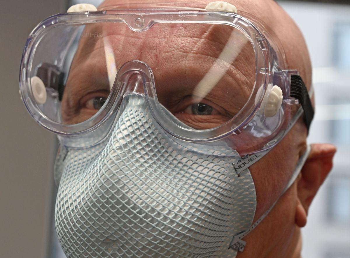 La carta que reveló un acuerdo secreto de $1 millón de dólares para conseguir equipo médico en medio de la pandemia