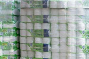 Un hombre gastó $6,000 dólares en papel higiénico, cuando quiso devolverlo el gerente le negó el reembolso