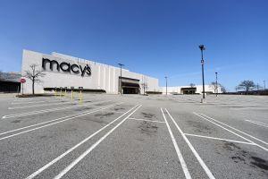 49 centros comerciales en Estados Unidos se preparan para abrir sus puertas este fin de semana