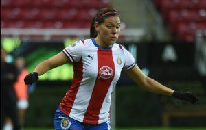 La mejor modelo: Norma Palafox presume la preciosa nueva playera de Chivas