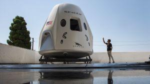 Musk y Bezos construirán nave para ir a la Luna