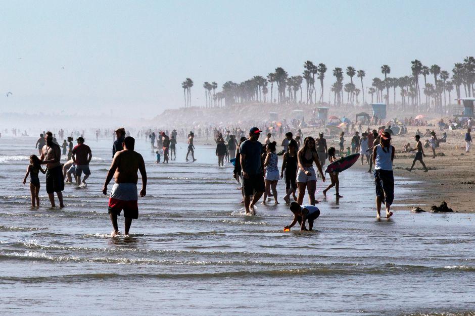 ¿Buscando un bronceado? Las playas de San Diego abren casi completamente en medio de los disturbios