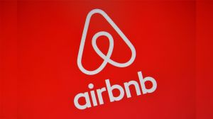 ¡Airbnb sufre la crisis!: echa empleados y cancela sus pasantías de verano