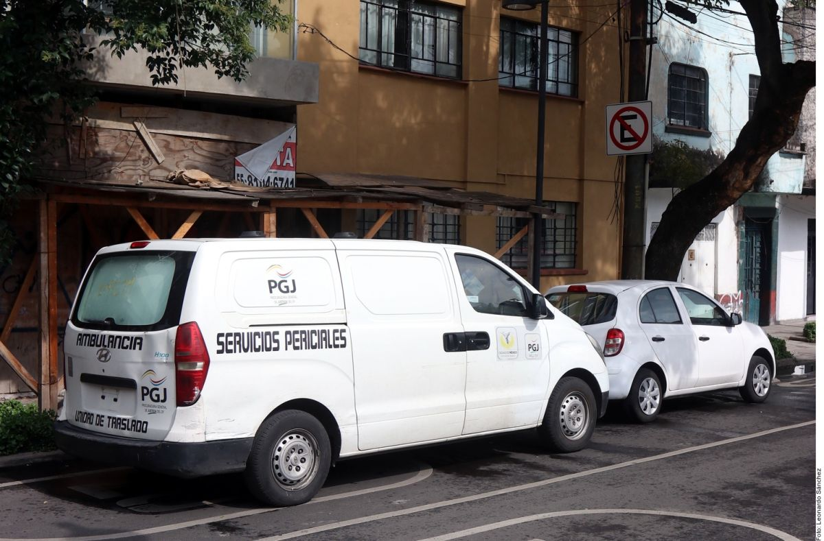 Exterior del edificio donde fue asesinada Cristina Vázquez.