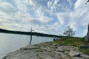 Video: Se desploma una avioneta en Canyon Lake; los pasajeros nadaron a la costa