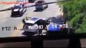 """VIDEO: CJNG realiza """"levantón"""" mientras pasa una patrulla por el lugar"""