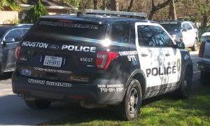 El gobernador de Texas amenaza a ciudades del estado que decidan recortar el presupuesto de sus departamentos de Policía