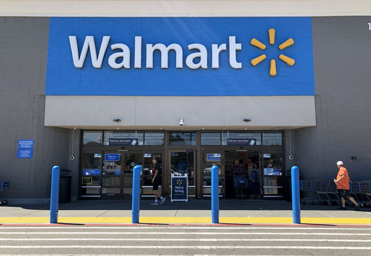 Walmart ya ofrece la vacuna contra el coronavirus en 7 estados