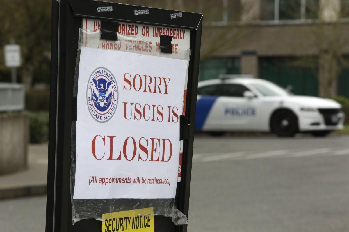 USCIS lanza 3 consejos a inmigrantes para evitar ser indocumentados durante emergencia por coronavirus
