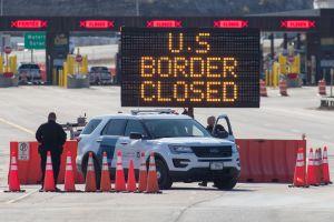 EE.UU., Canadá y México mantienen el cierre de fronteras un mes más por la pandemia