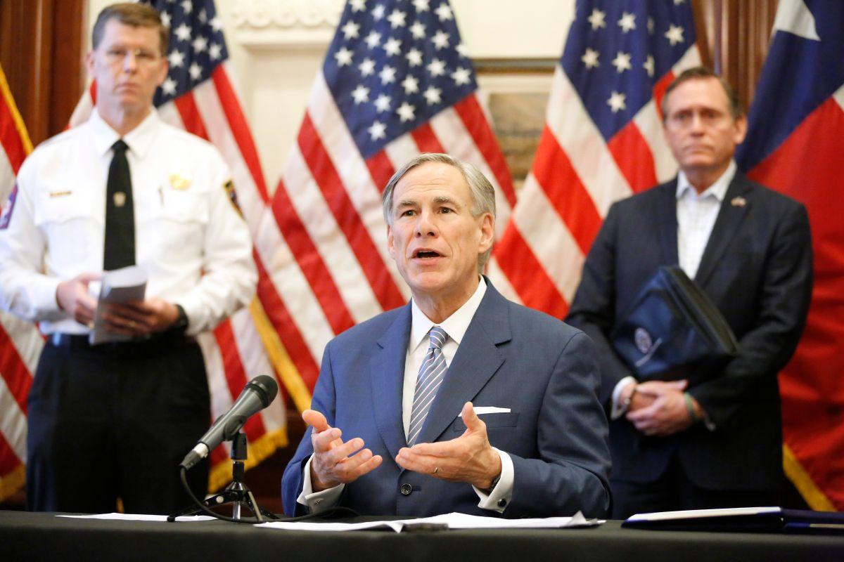 Greg Abbott prepara una orden ejecutiva para reabrir las empresas en el estado de Texas
