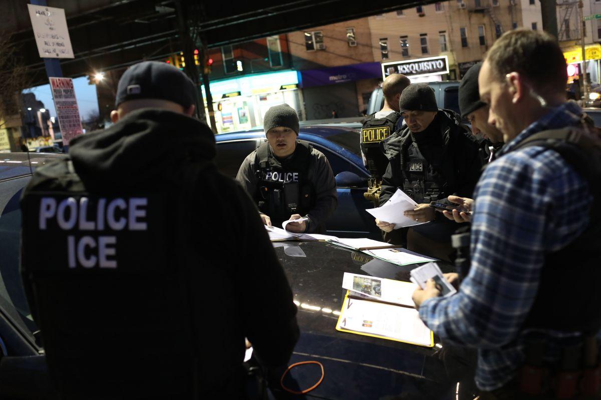 ICE ha sido cuestionada por detener a inmigrantes sin récord criminal.