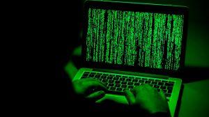 Hackers roban $2 millones de la campaña de Trump