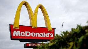 McDonald's habilitará 70 restaurantes como centros de vacunación contra el COVID-19