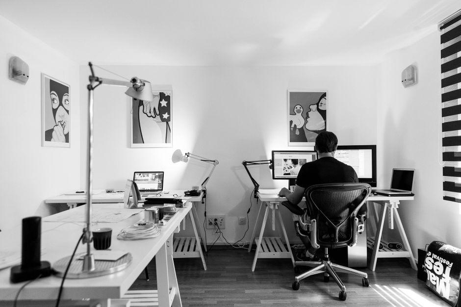 Mejor iluminación para una oficina en casa