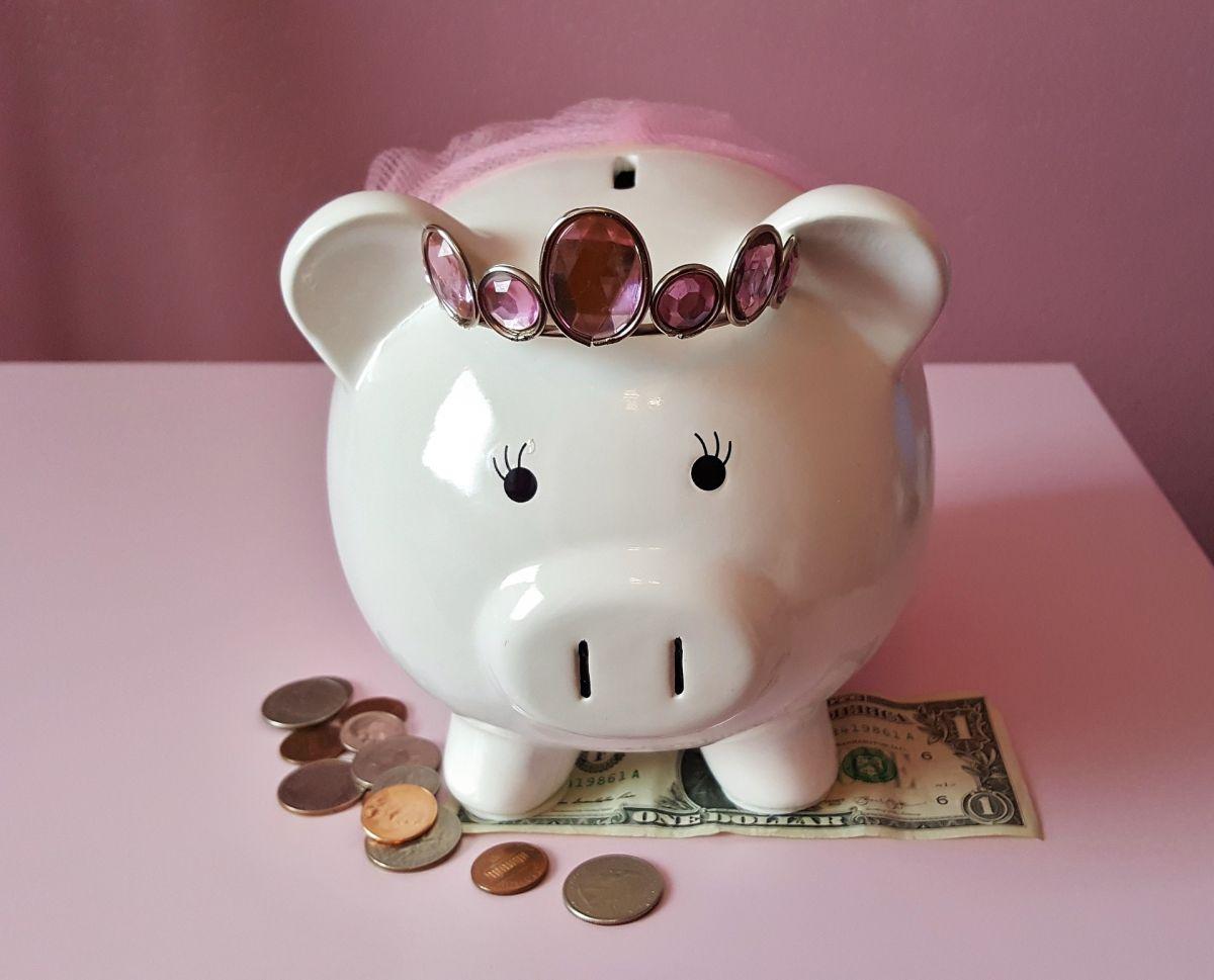 Elimina estas cosas de tu presupuesto en 2021 para ahorrarte muchos dólares