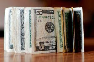 Mesero de Florida recibe más de $2,000 en propinas