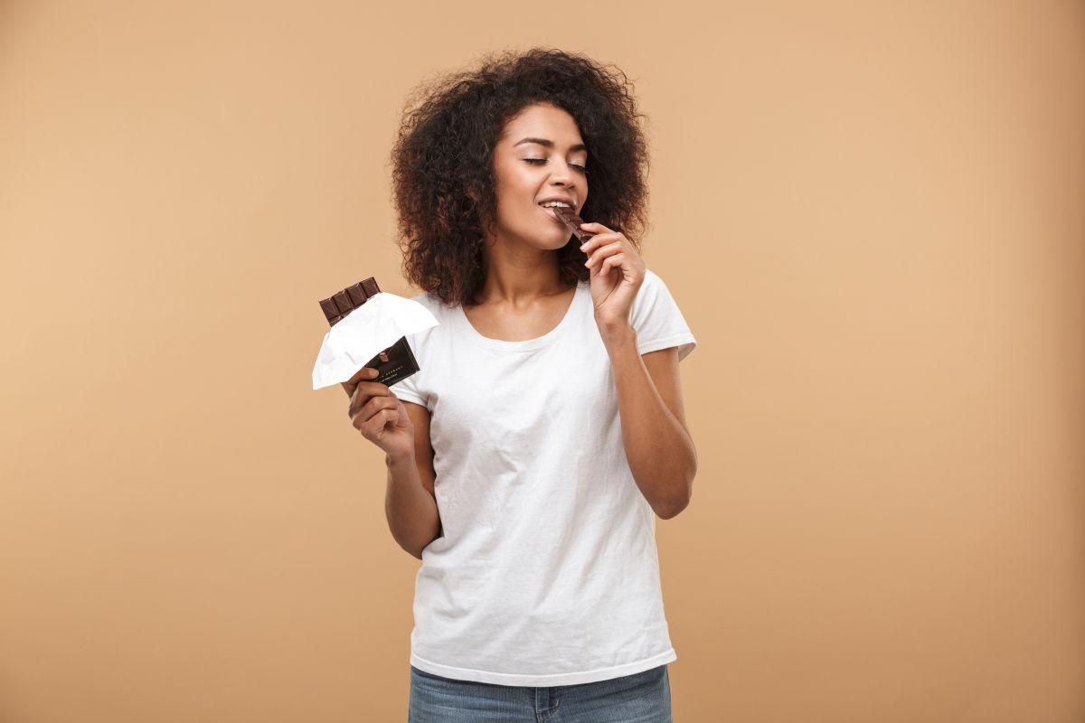 Descubre cómo comer chocolate sin engordar