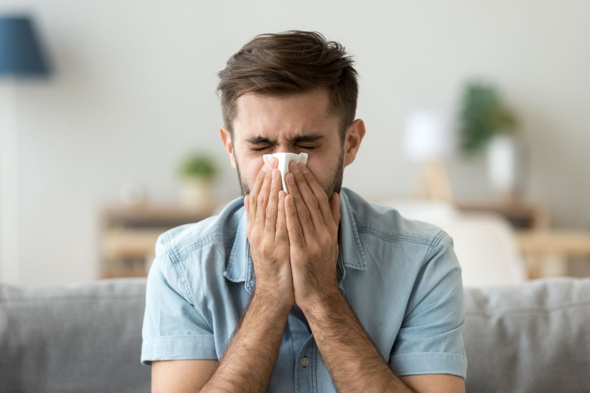 ¿Cuáles son los síntomas y causas de la sinusitis?