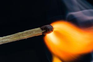 Mujer se prende fuego porque ya no aguantaba los malos tratos de su esposo durante la cuarentena
