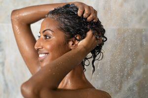 6 mascarillas caseras para cuidar tu cabello