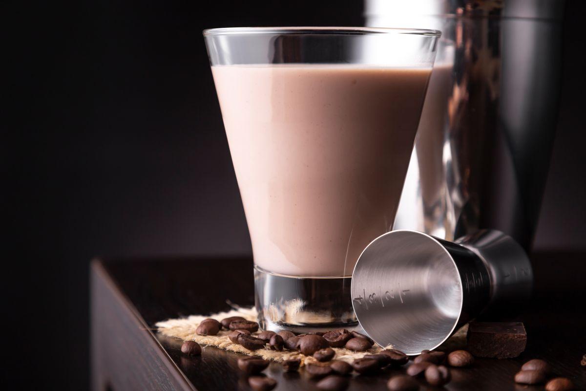 Receta de cuarentena: Latte con Baileys