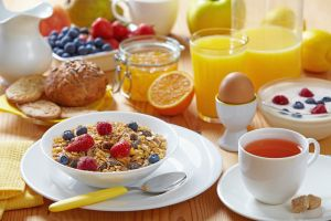 ¿Qué debemos desayunar durante la cuarentena para pasar mejor los días?