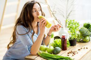 Elimina la inflamación y mejora la digestión con estos alimentos que son poderosos laxantes naturales