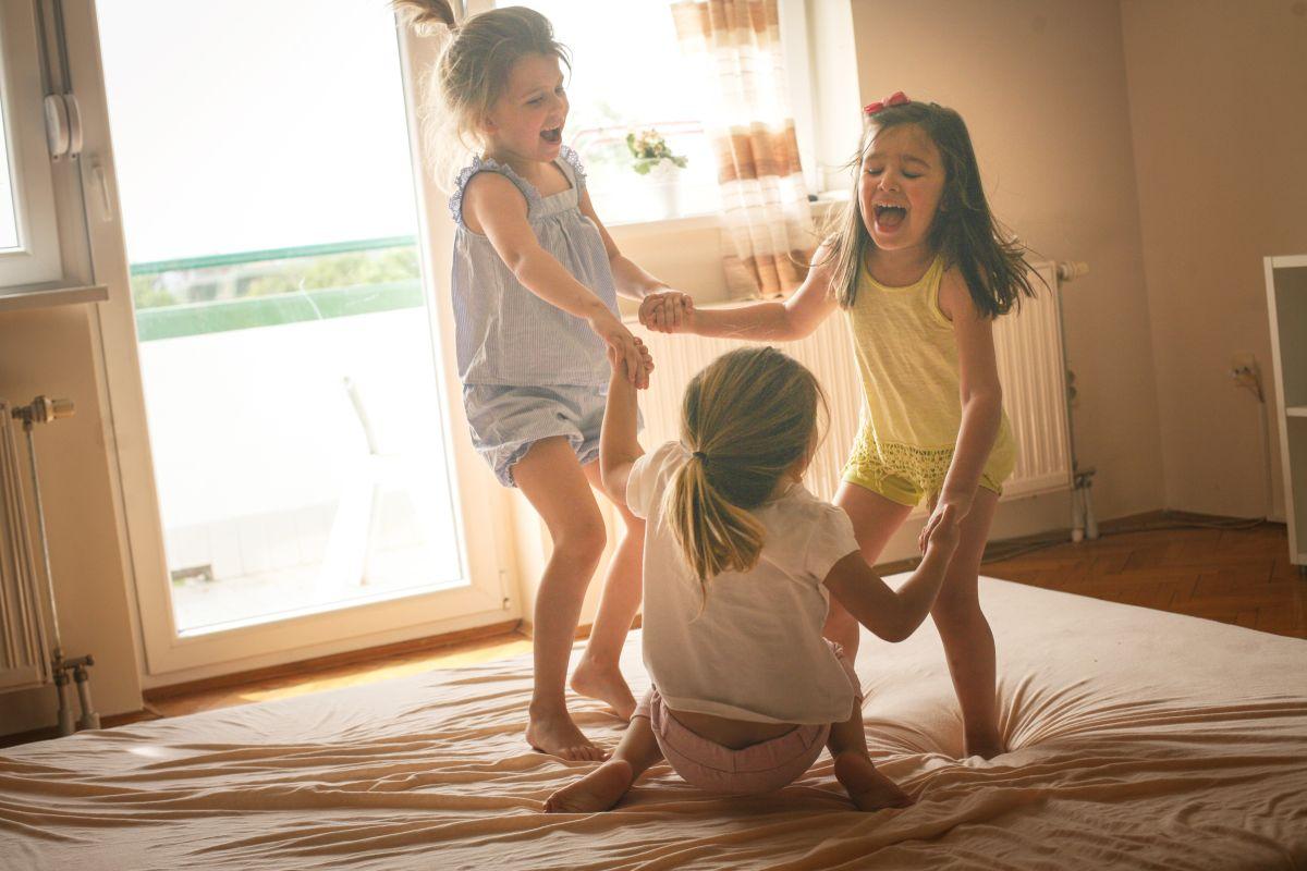 Los niños mayores de 5 años deberían hace 1 hora diaria de actividad física.