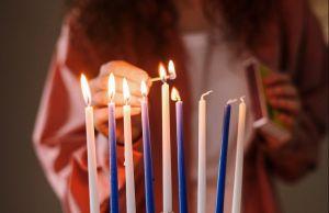Cómo neutralizar hechizos de brujería con velas moradas