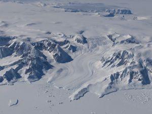 Misión de NASA revela cómo la Tierra ha perdido hielo polar como nunca antes