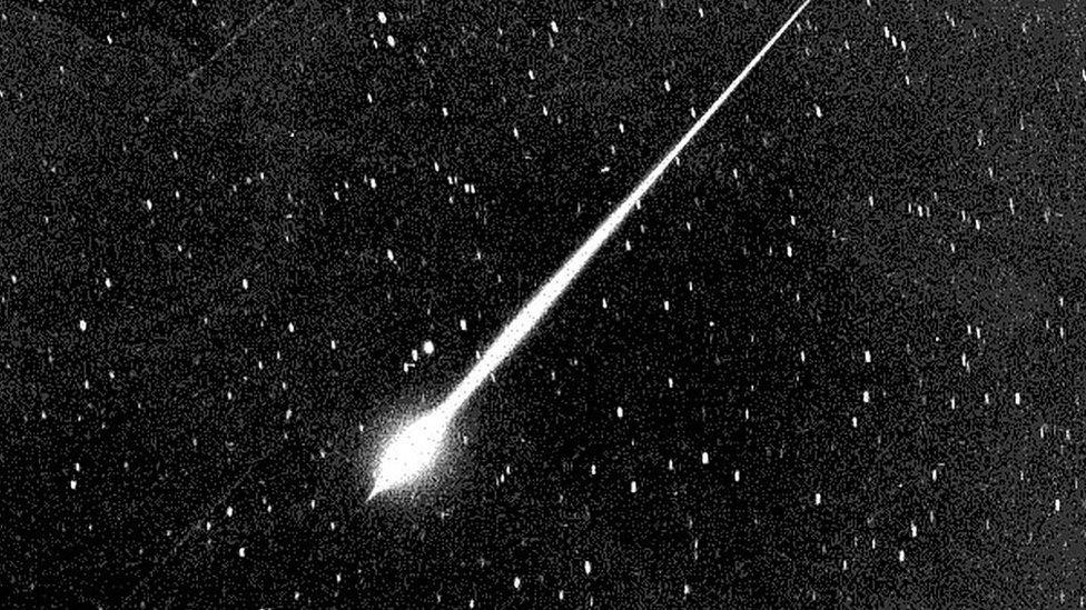 Eta Acuáridas: la impresionante lluvia de meteoros del cometa Halley que esta semana alcanza su máximo esplendor