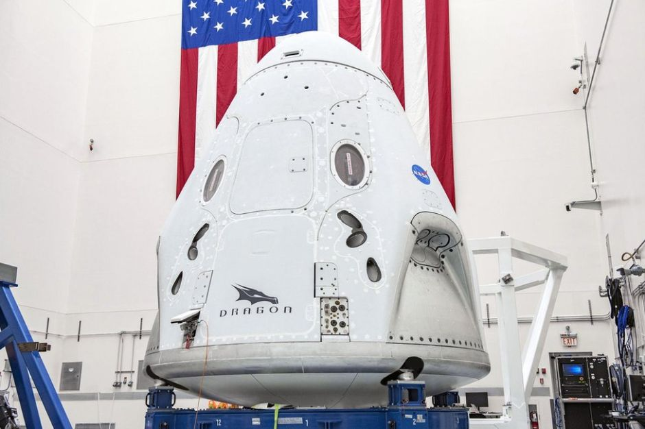 """SpaceX y NASA: Qué es la """"ventana de lanzamiento instantánea"""" y por qué obliga a la Crew Dragon a esperar tres días"""