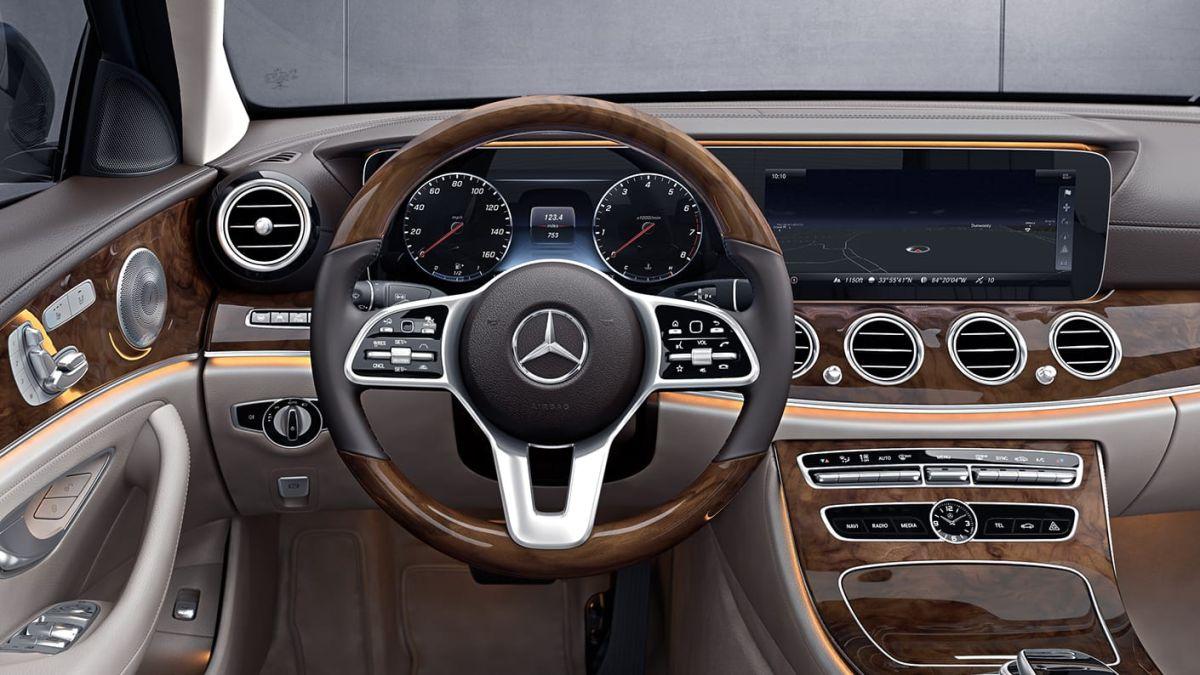 Interior del Mercedes-Benz Clase E 2020.  Crédito: Cortesía Mercedes-Benz.