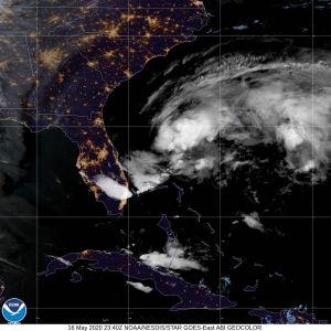 La primera depresión tropical se forma cerca de Florida, hay aviso de tormenta tropical