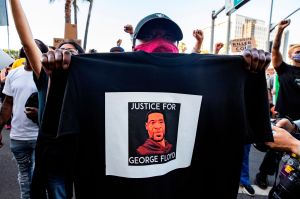 """FBI considera """"máxima prioridad"""" la investigación de la muerte de George Floyd"""