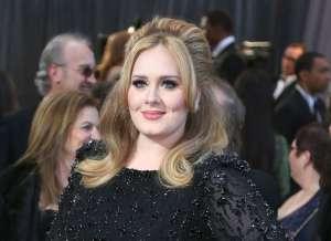 ¡Increíble! Adele mostró su nueva figura a nivel mundial en su faceta como actriz de comedia