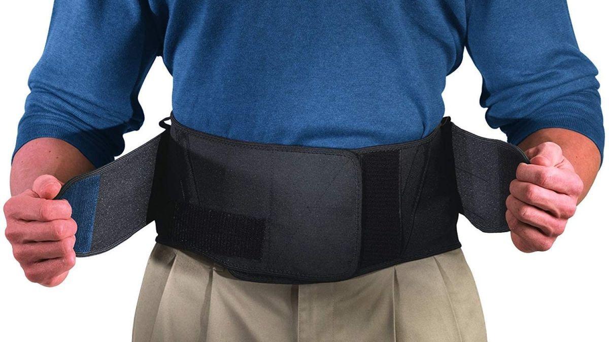 5 cinturones con diseños ortopédicos que aliniarán tu columna mientras trabajas en casa