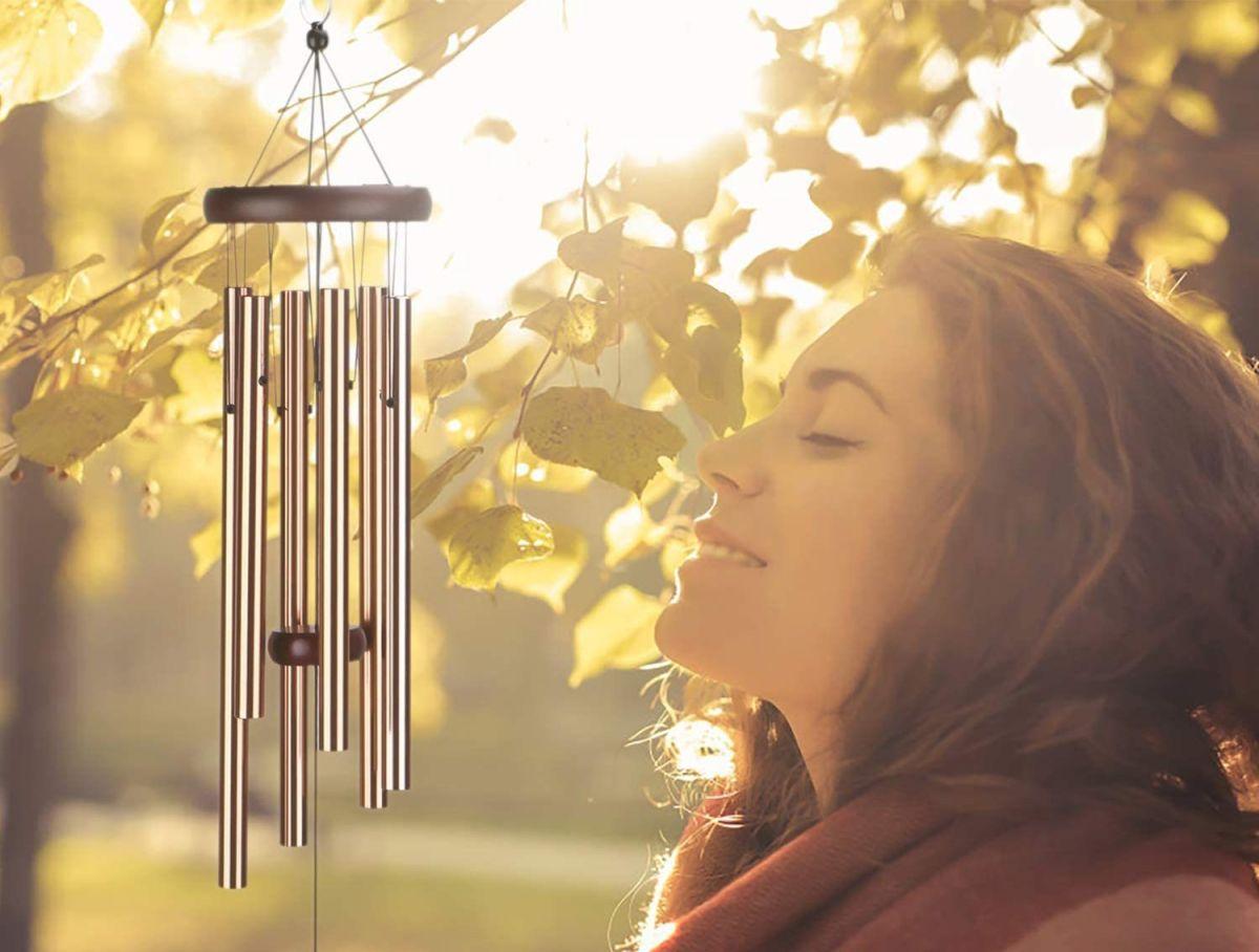 5 estilos de campanas de viento que llenarán tu hogar de armonía