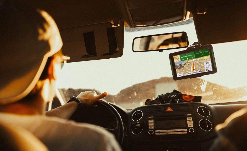 5 sistemas GPS que puedes instalar con facilidad en tu auto