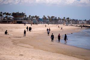Los condados de Ventura y Orange se suman a Los Ángeles en el cierre temporal de las playas