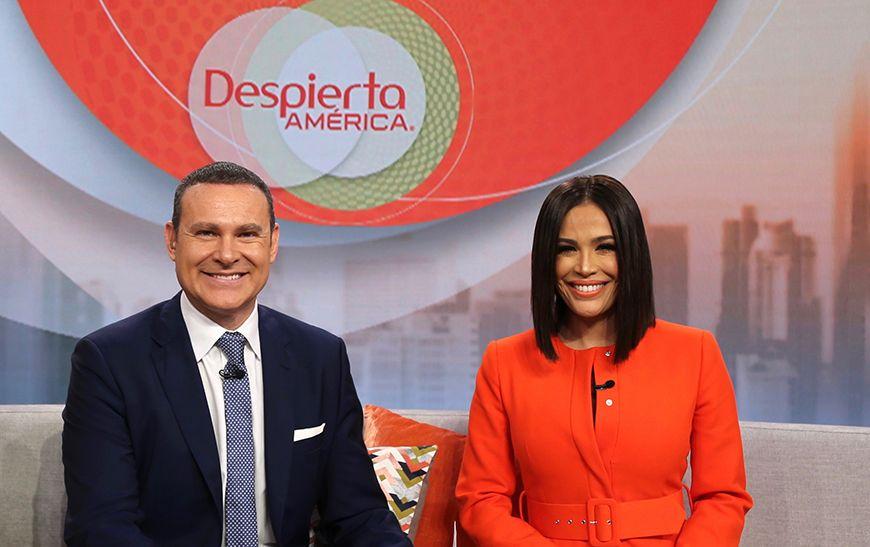 Vestuario de Karla Martínez genera descontento y rechazo entre los fans de Despierta América