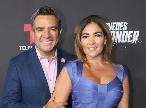 ¿Quién es la esposa de Héctor Sandarti?